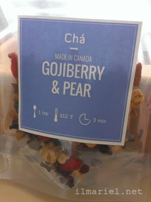 Gojiberry and Pear